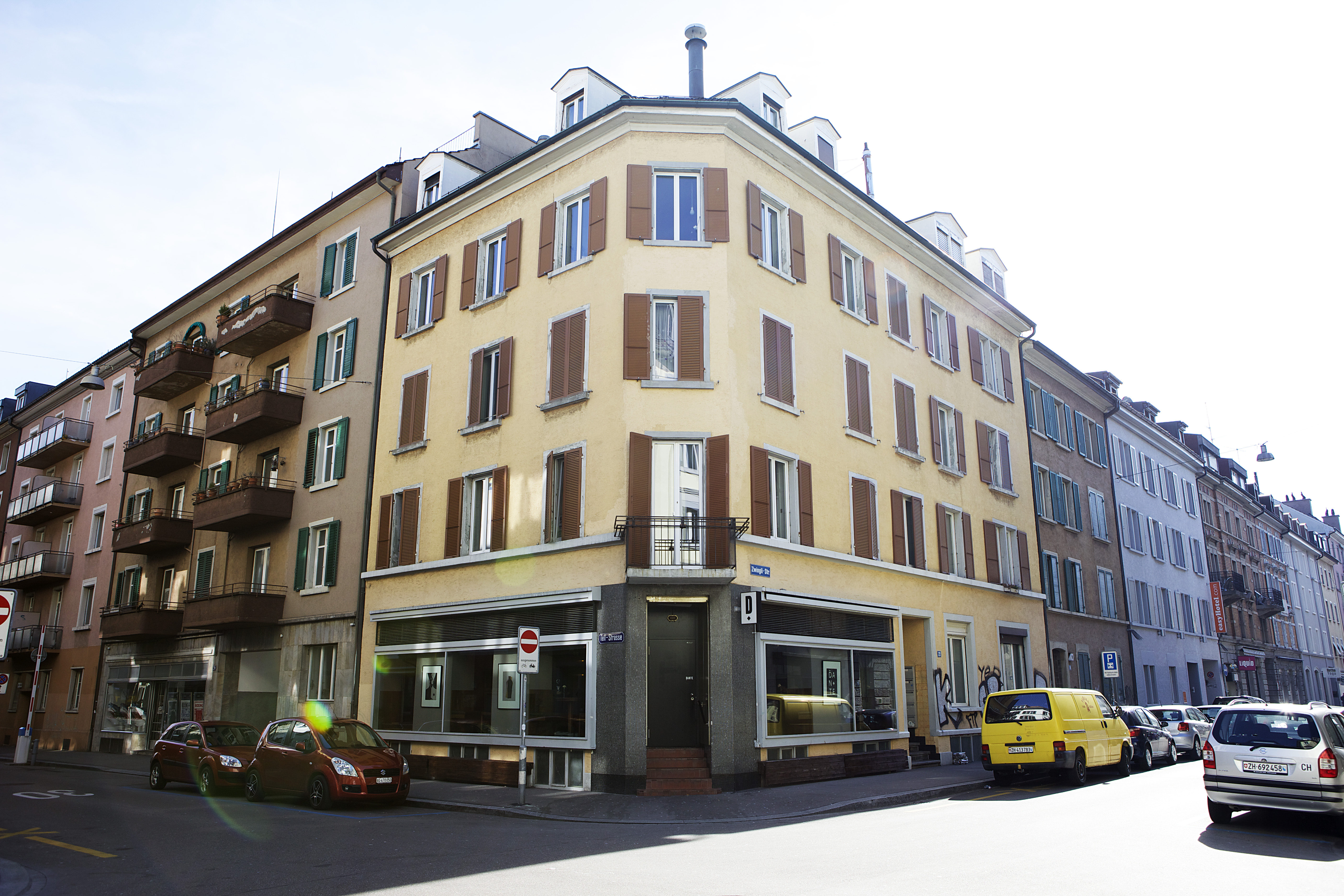 Tellhof_Fassade_Strasse 9